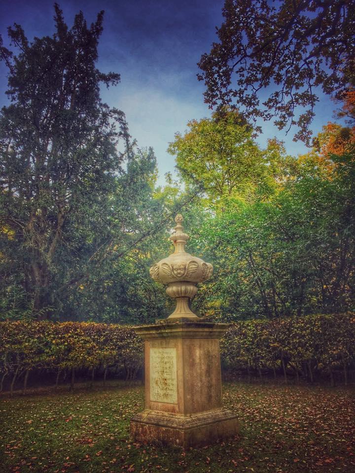 hidden urn